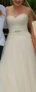 Wedding dress for sale Size 10