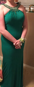 Long sleeveless backless green dress Strathcona County Edmonton Area image 7