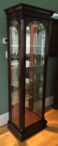 Gibbard Canadian Legacy Curio 1 Door Display Cabinet Mahogany