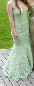 Lime LaFemme Prom Dress, Size 2