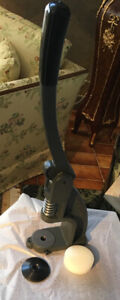 Hand press for grommets setting, curtains or reupholstery