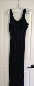 Women's Size 7/8 Gown