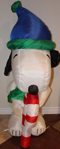 Gemmy Peanuts Snoopy Santa Airblown Inflatable 4.5ft Yard Decor