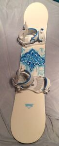 Beautiful Lady's Technine 142 cm Snowboard Girl's