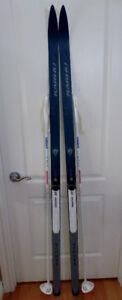 Ski de fond Karhu Arctic 180 cms & 2 bâtons Nordik Swix 140 cms