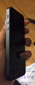 FIDO iPhone 5 Mint Condition