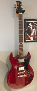 Silvertone Electric Guitar - SG Style in A-1 condition!