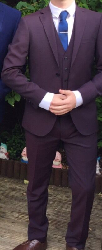 Very smart skinny fitted suit