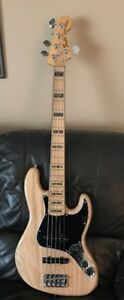 MINT 2015 Fender American Jazz V Deluxe Bass - Natural finish