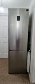 Samsung Fridge Freezer RB37J5230SL