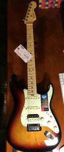 American Elite Stratocaster HSS Shawbucker, Maple Fingerboard