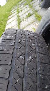 Prix de débarras: 4 pneus d'été Continental 15po