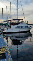 Carver 33 mariner flybridge yacht $19500 or trade for 40ft+