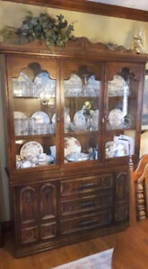 Dining hutch and table, chairs Kitchener / Waterloo Kitchener Area image 1