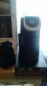 Keurig 300 with cup tray, and milk frothier