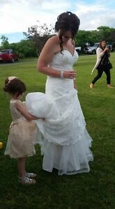 Lace wedding gown - classic vintage Kawartha Lakes Peterborough Area image 2