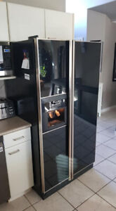 REFRIGERATOR WITH ICE MAKER AND WATER  DISPENSER WORKS PERFECT