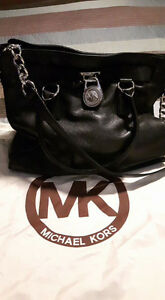 Beautiful Hamilton Purse Lg. By Michael Kors. $140.00