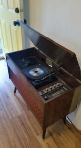 Mid-century Stereo Cabinet - Turntable/Radio/8 Track Player