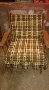 2 Retro Wooden Chairs with Cushions : 1 Rocker & 1 with Legs SET London Ontario image 7