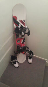SIMS red and white snowboard + Boots + Bindings