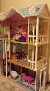 Shaughnessy area : child care/dayhome for kg. and BAS