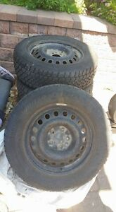winter arctic claw TXI M+S 215/65R17 used one season