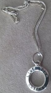 STERLING SILVER...'LIVE YOUR DREAM' NECKLACE.....SUPERB!