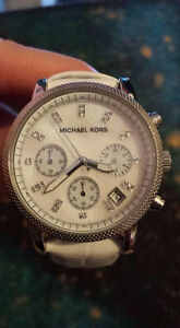 Micheal kors women watch