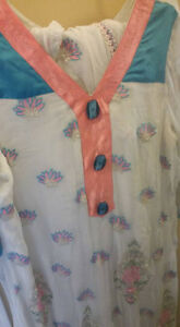 INDIAN/PAKISTANI SHALWAR KAMEEZ FOR SALE