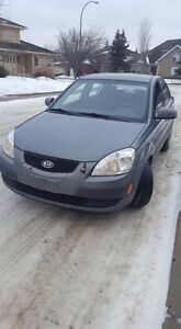 2008 Kia Rio with heated seats