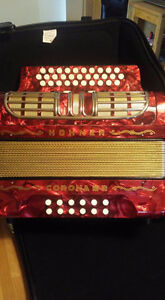 ACCORDÉON HOHNER CORONA 3R SOL-DO-FA