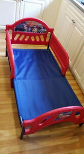 Toddler cars bed frame