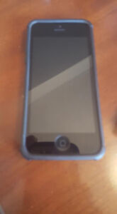 IPhone 5 UNLOCKED- PERFECT CONDITION