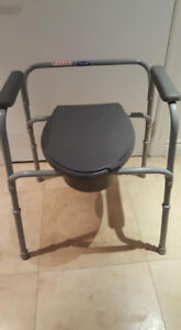 Commode toilet chair