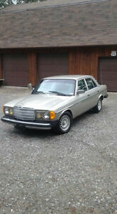 Mint Body Mercedes 300D 1984
