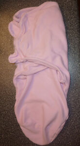 Swaddle me $ 3 Baby blanket $ 3, excellent condition