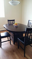 Beautiful and NEW dining set!
