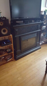 Black Fire Place with Side Speakers with Insert