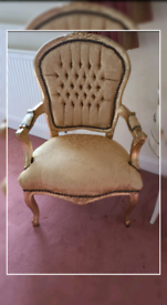 Beautiful carver style chairs x 4