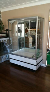 Large commercial display case cabinet