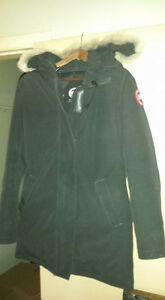 Canada Goose jackets online official - Fur By | Buy & Sell Items, Tickets or Tech in Medicine Hat ...