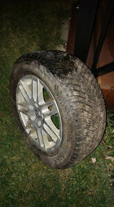4 pneus d'hiver Nokian Hakkapalitta 215-60-r16 avec jante VW