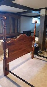 mobilier de chambre en bois massif