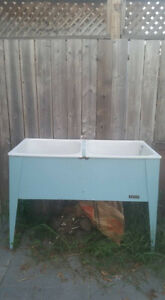 Laundry Sink Buy Amp Sell Items Tickets Or Tech In