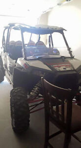 Used 2014 Polaris 2014 4 seater razor 1000
