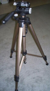 Optex OPT455 TRIPOD for photo, video and digital Stratford Kitchener Area image 3