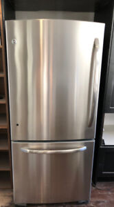 GE Stainless Steel Bottom Mount Refrigerator with Ice Maker