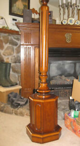 Lamp stand - Solid Wood