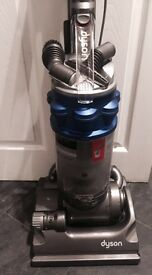 Dyson DC 14 in full working order with all its tools